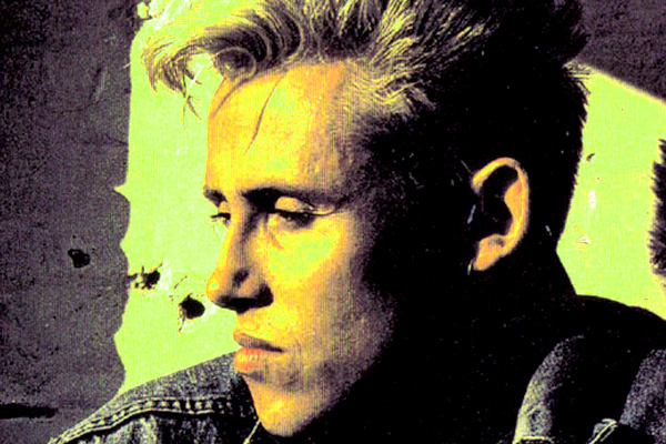 Kirk Brandon speaks to Eyeplug